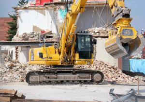 Demolition Excavator Parts: Cabin Sealing and Engine Insulation
