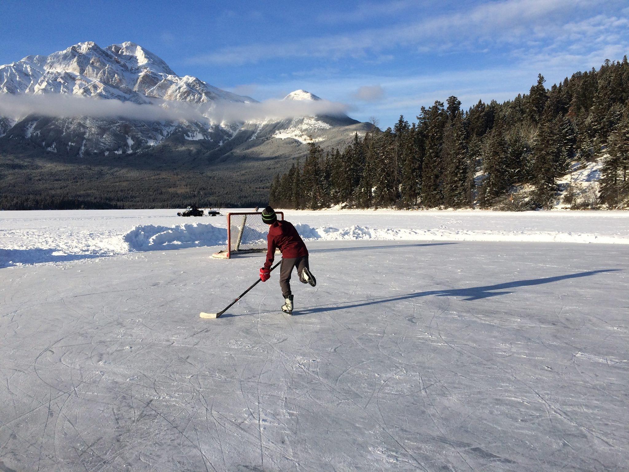 Pourquoi le hockey du Nouvel An a-t-il besoin de joints en caoutchouc ?